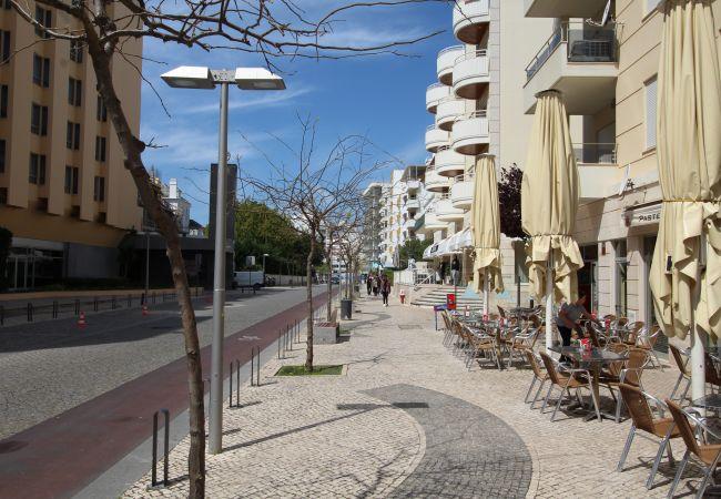 Apartamento em Praia da Rocha - T1 Praia da Rocha/ D. Quixote B